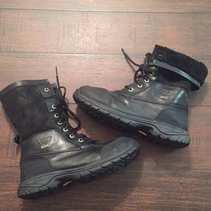 Ugg Adirondack Black Leather Boots sz 6